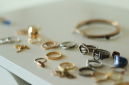 That Creative Space: Anna of Nested Yellow Jewelry